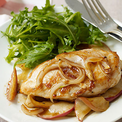 Apple and Onion Chicken Breast